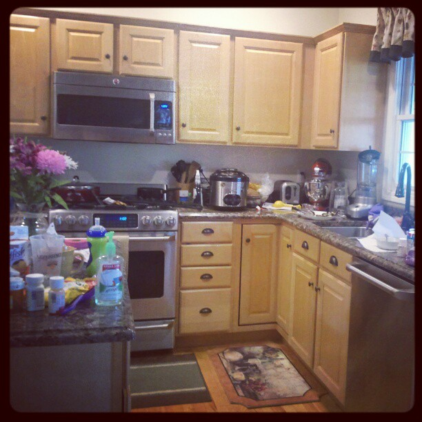Messy Sink: Keepin' It Real – Messy Kitchen Edition